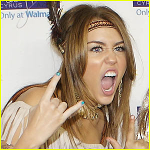 Miley Cyrus Illuminati on Miley Cyrus Cant Be Tamed Premiere
