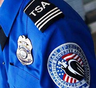 Man Not Allowed on Plane for Wearing Anti-TSA Shirt