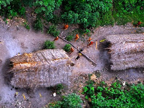 Uncontacted-Amazon-Tribe04