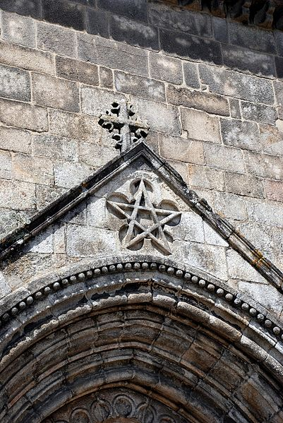 Illuminati-Symbols-Pentagram-Gothic-Church