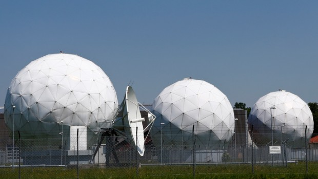 us-nsa-spying-germany.si