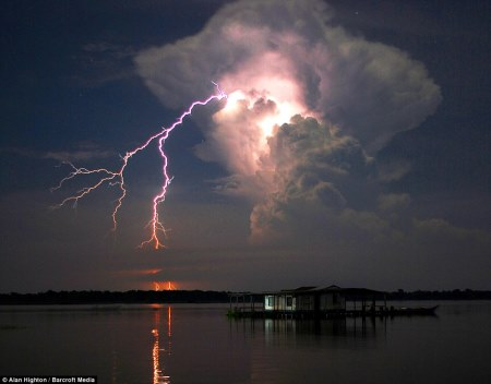 Catatumbo-everlasting-lightning-storm-1
