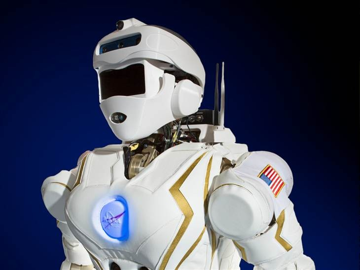 NorthPoleSky: Meet NASA's 6 Foot Tall Humanoid Robot