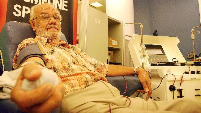 james-harrison-blood-donor-man-with-golden-arm