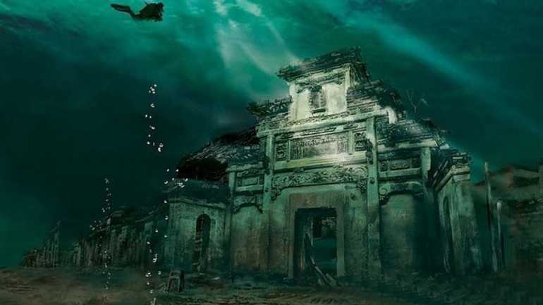 Officials Discover Ancient Chinese Underwater City is Perfectly Preserved