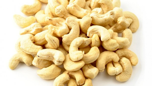 cashews-raw-large_1
