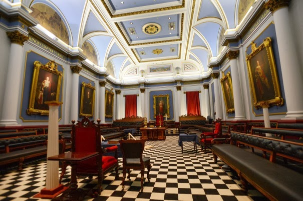 Young Man Claims He Was Required to Sacrifice a Child as Initiation to an Elitist Masonic Lodge