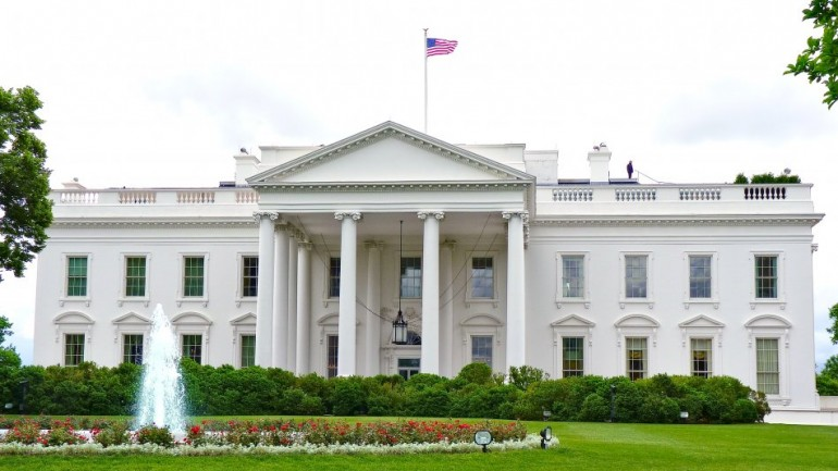 White House Admits Staging Fake Vaccination Operation to Gather DNA From the Public