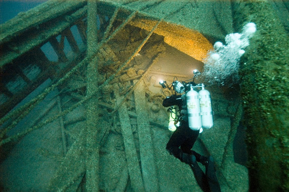 2000-Year-Old-Shipwreck-Discovered