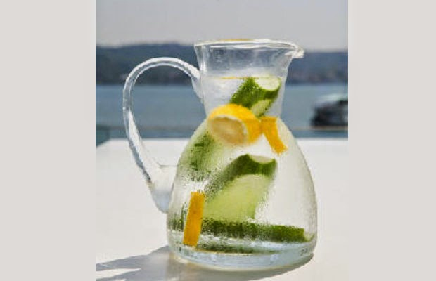 Infused+Waters+that+You+Must+Try+for+Absolutely+Surprising+Health+Benefits-2