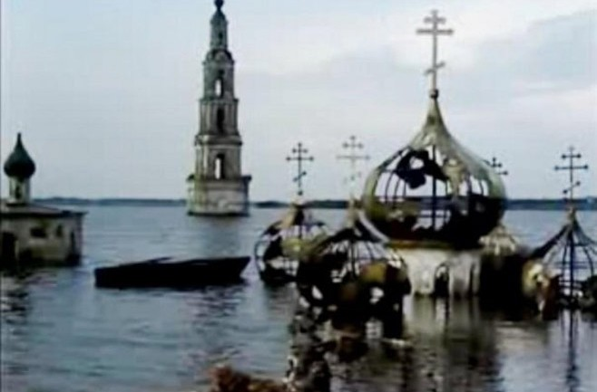 Russian 'Atlantis' Reemerges After Being Flooded for Decades