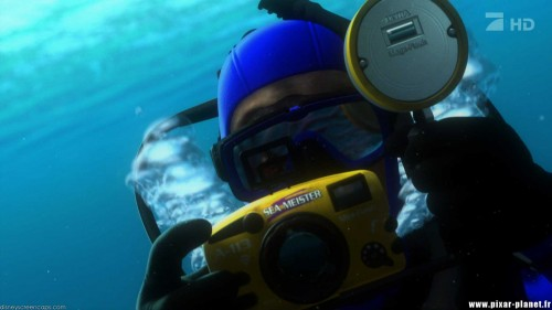 Disney-A113-Secret-Code-3-the-divers-camera-from-Finding-Nemo