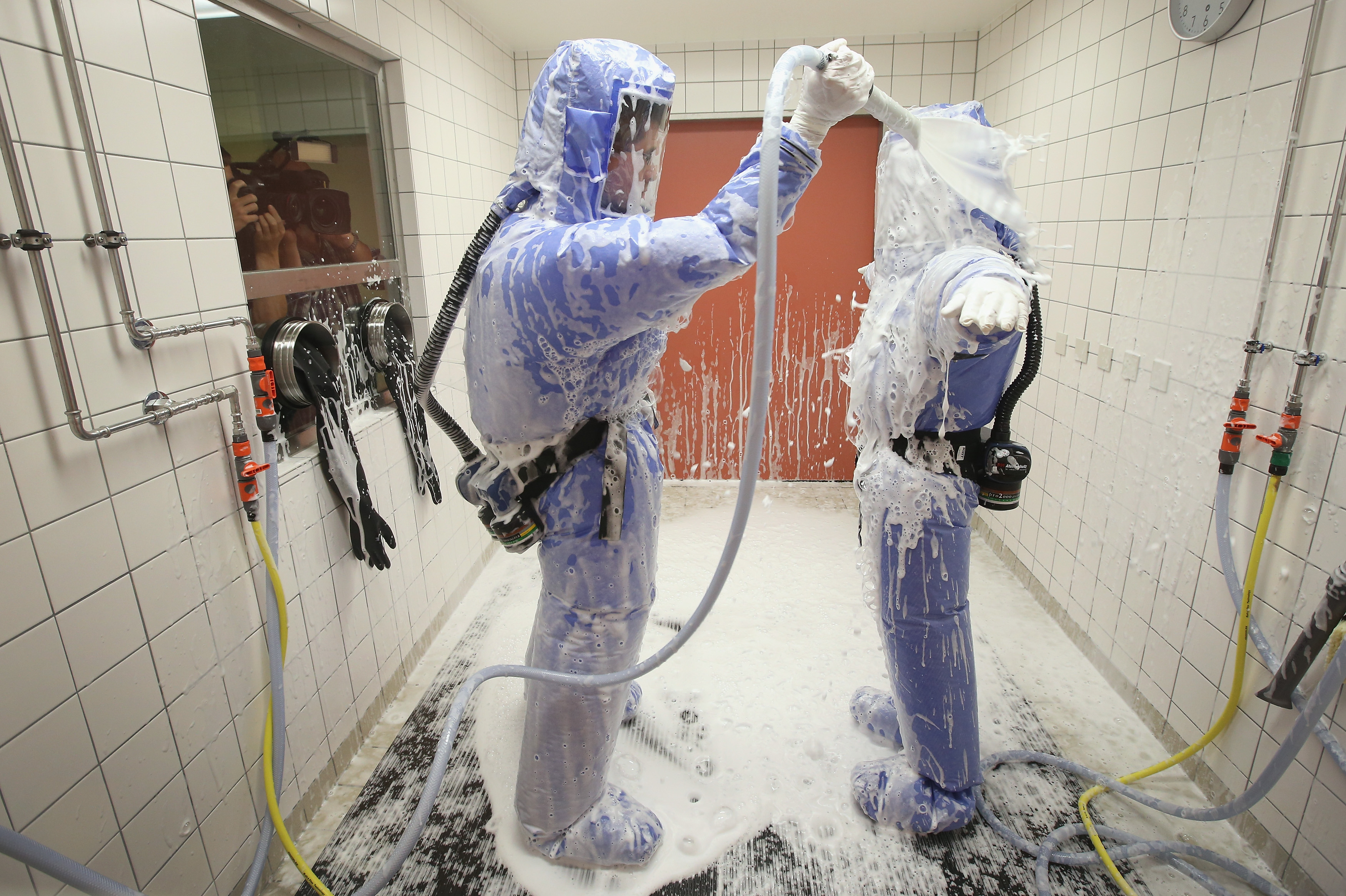 Berlin Hospital Prepares For Possible Ebola Cases