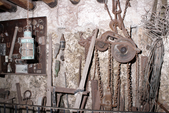 coral-castle-tools