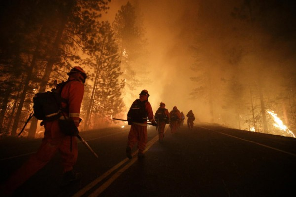 inmate-firefighters-prepare-to-battle-the-rim-fire-near-yosemite-national-park-calif-in-august
