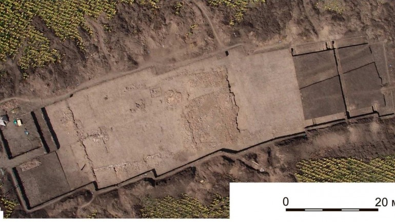 Archaeologists Unearth 6,000-Year-Old Temple with Possible Sacrificial Altars in Ukraine