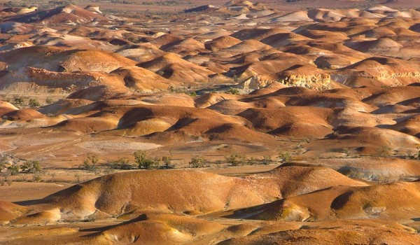 100-Things-You-Have-Never-Heard-Of-16-Painted-Hills-Coober-Pedy-1-of-5