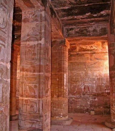 3,400-Year-Old Underwater Temple From Era of Thutmosis III Discovered Near Cairo