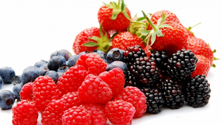 Amazing Health Benefits Of Berries You Didn't Know About
