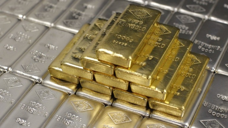 A Major International Monetary Crisis is Looming: The Suppression of Gold and Silver?