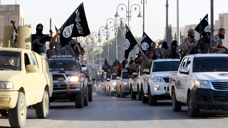 ISIS CLOSING IN ON ISRAEL FROM THE NORTH AND THE SOUTH