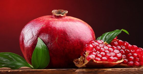Science Found That Pomegranates May Be Our Fountain Of Youth