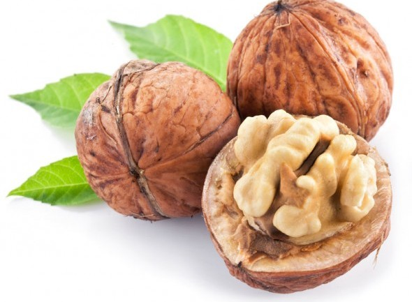 13 HEALTHY REASONS TO EAT MORE WALNUTS