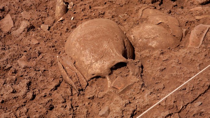 Ancient Skull Suggests Neanderthals and Homo Sapiens Interbred