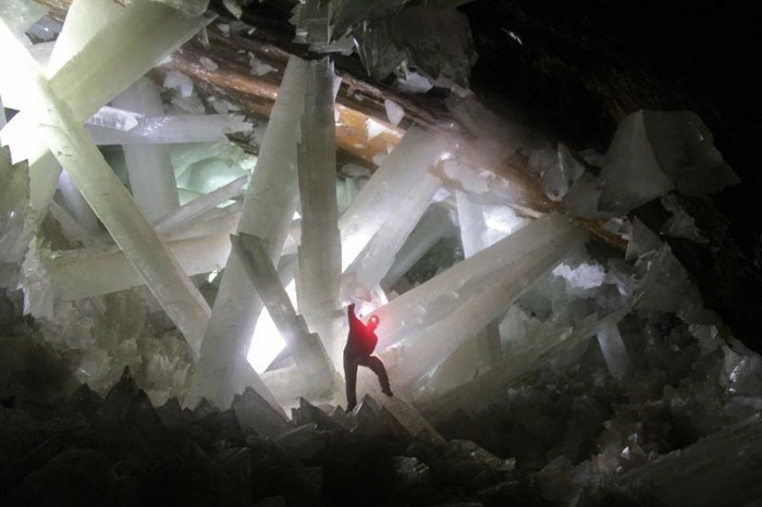 52-Breathtaking-Caves-From-Around-the-World-06
