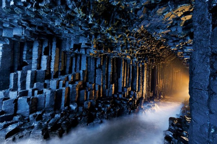 52-Breathtaking-Caves-From-Around-the-World-12
