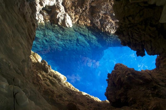 52-Breathtaking-Caves-From-Around-the-World-24