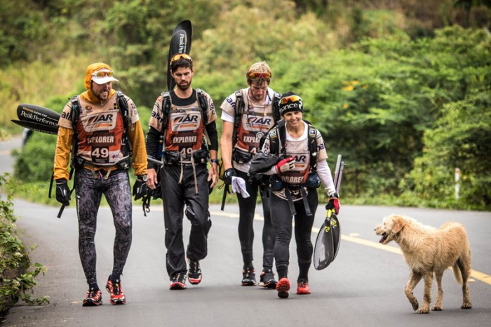 dog-follows-and-joins-swedish-adventure-race-team-5