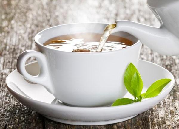 Home-Brewed Healing Tea With Rose Hips, Raw Honey & Ashwaghanda