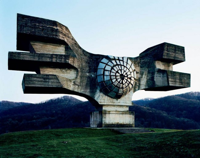 old-monuments-yugoslavia-spomeniks-jan-kempenaers-1