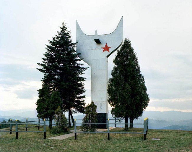 old-monuments-yugoslavia-spomeniks-jan-kempenaers-23