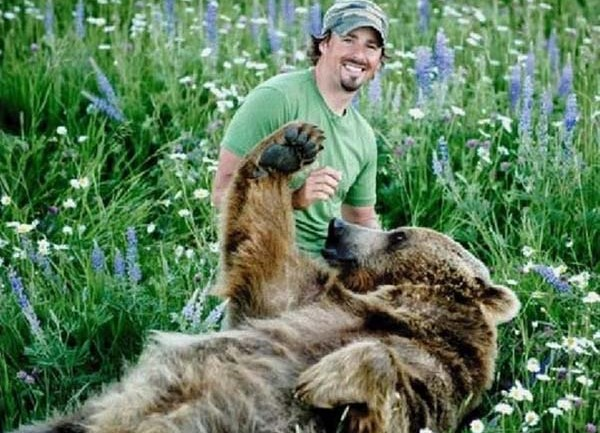 He Found 2 Baby Bears Next To Their Dead Mother, Words Can't Describe What Happened After