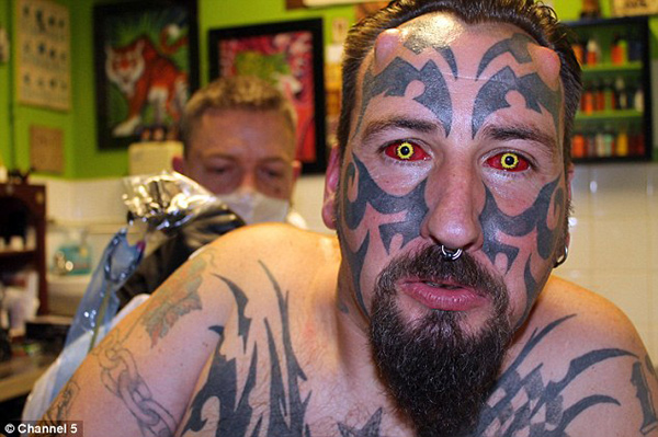 Channel-5-Diablo-Eyes-Body-Tattoos