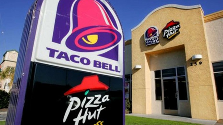 Pizza Hut and Taco Bell Announce They're Ditching Artificial Ingredients