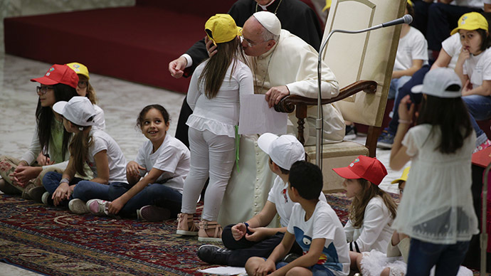 Pope Tells Children 'Many Powerful People Don't Want Peace'