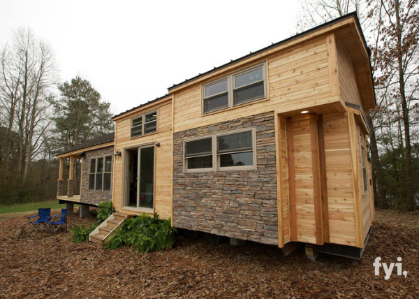 I Thought This Tiny Home Looked Beautiful, But One Step Inside Blew Me Away