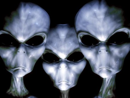 three-gray-aliens-e1434713582213