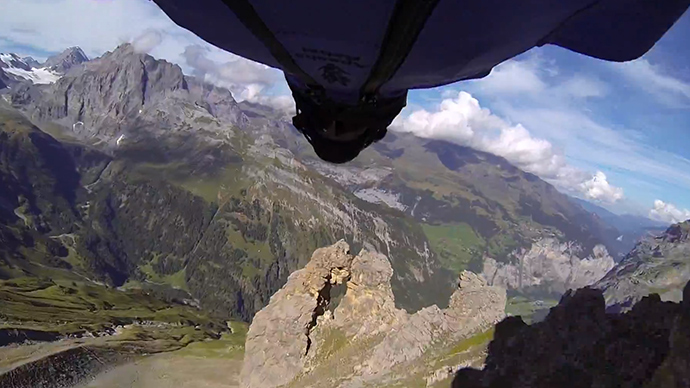 Pilot in Wing Suit Makes 'Craziest Base Jump Ever'