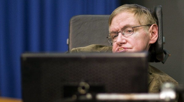 Theoretical physicist professor Stephen Hawking is pictured before his lecture on the creation of the Universe at the European Organization for Nuclear Research (CERN) in Meyrin near Geneva September 9, 2009. REUTERS/Valentin Flauraud (SWITZERLAND SCI TECH) - RTR27M90