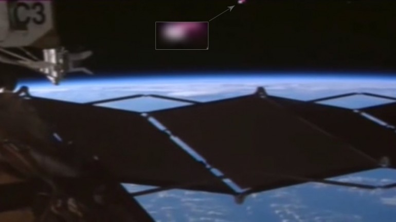 Could NASA be Hiding 'Proof That ISS is Being Monitored by Aliens'?