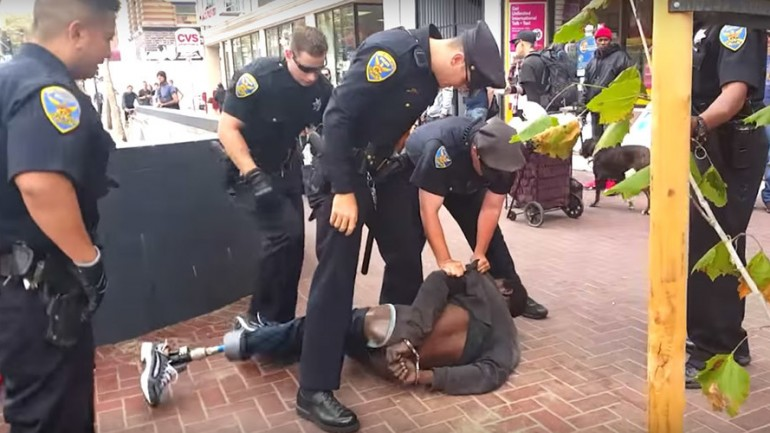14 San Francisco Cops Gang up on Homeless Man With One Leg