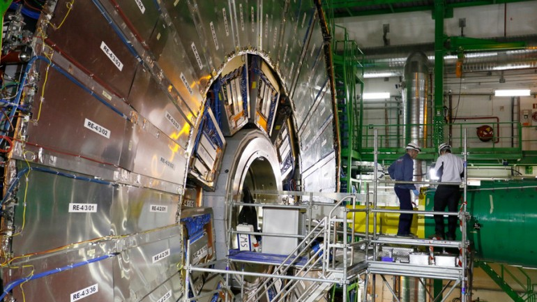 10 Mind Blowing Facts About The CERN Large Collider You Need to Know
