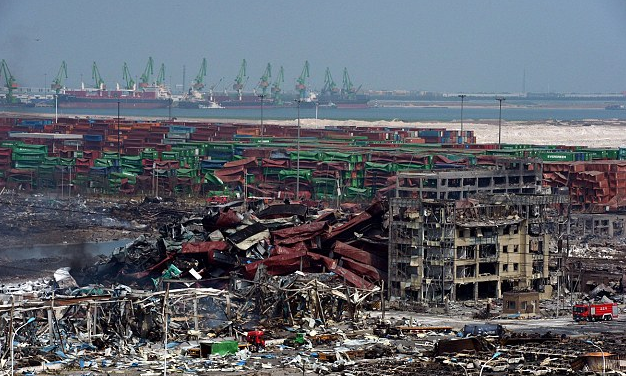 China worried that Tianjin explosion makes it look bad as death toll hits 114   Daily Mail Online