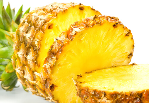 10 Reasons You Should Eat One Cup of Pineapple Every Day