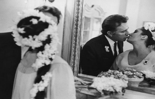 Richard-Burton-Elizabeth-Taylor-on-their-wedding-day-March-15th-1964-610x390