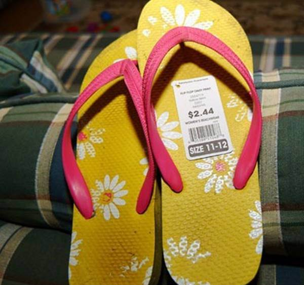 fake-slippers-from-china